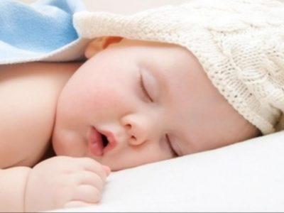 كيف تجعل الطفل ينام في دقيقة واحدة