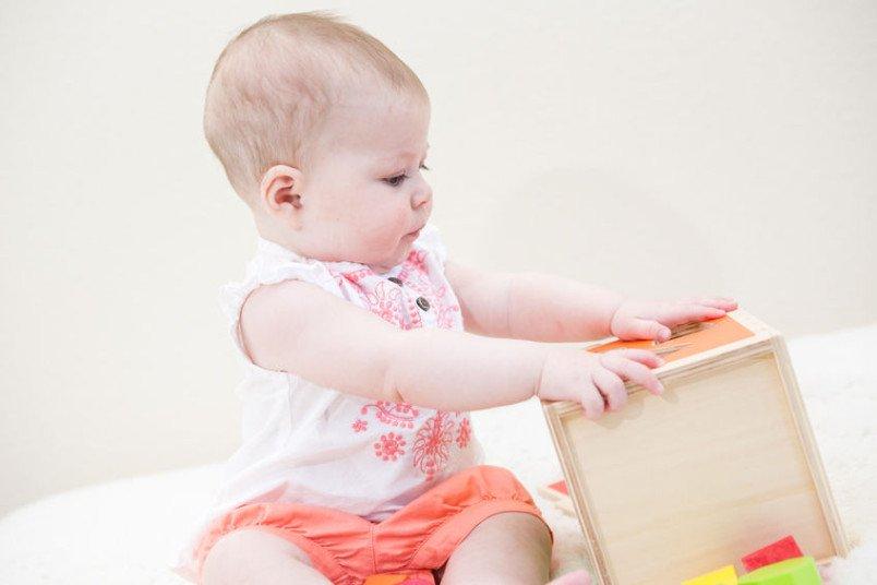 ملامح تطور الطفل في الشهر الحادي عشر من العمر