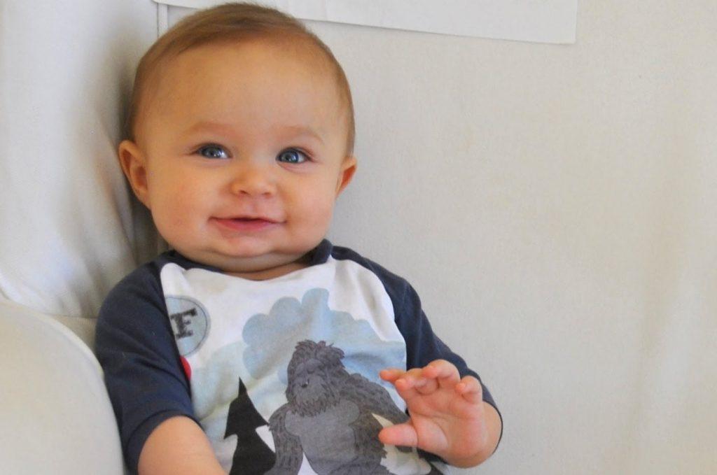 ملامح تطورالطفل في الشهر السابع من العمر