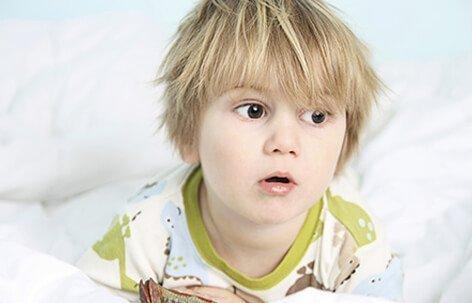 الديدان الدبوسية عند الأطفال