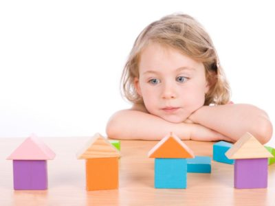التوحد عند الاطفال, اعراض التوحد عند الاطفال بعمر سنتين,