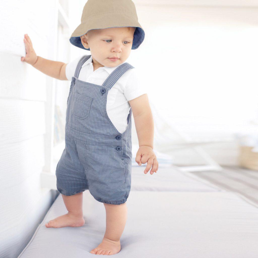 ماذا يلبس الأطفال و الرضع في فصل الصيف؟