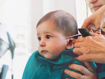 قص شعر الطفل للمرة الاولي