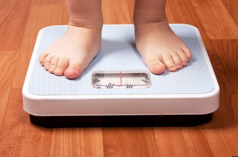 7 طرق للتخلص من السمنة عند الاطفال
