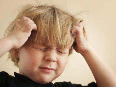 حشرات الشعر عند الاطفال