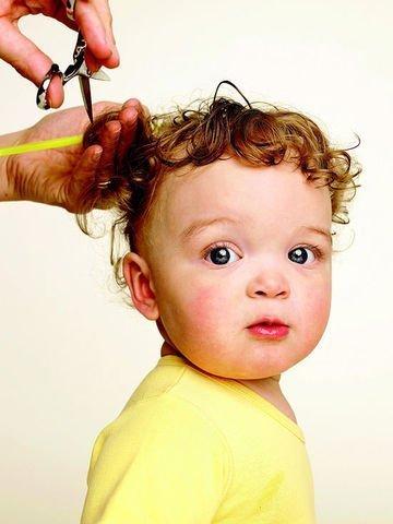 قص شعر الاطفال