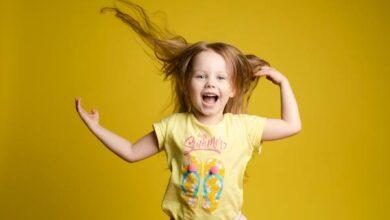 صورة علاج الشعر الخفيف والمتقصف عند الأطفال البنات